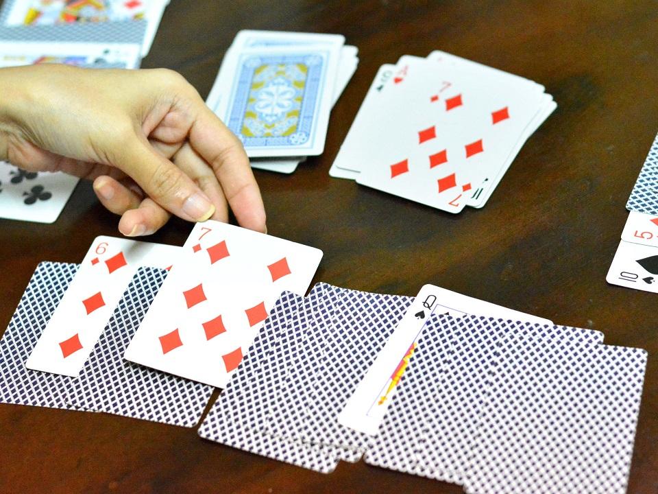 Handmade Cards – Intelligent Entertainment