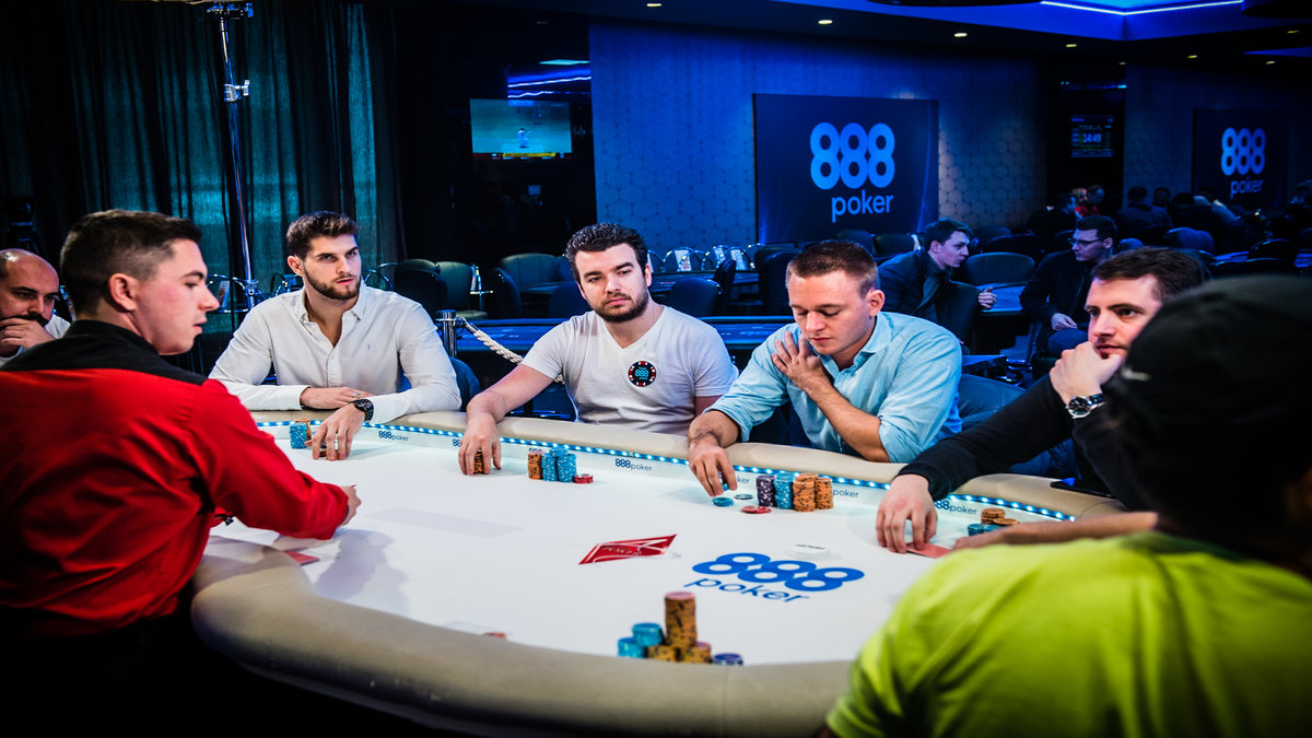 Kinds of Poker Tournaments